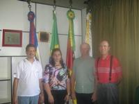 Servidora da Câmara Municipal de Santa Bárbara do Sul visita Agudo