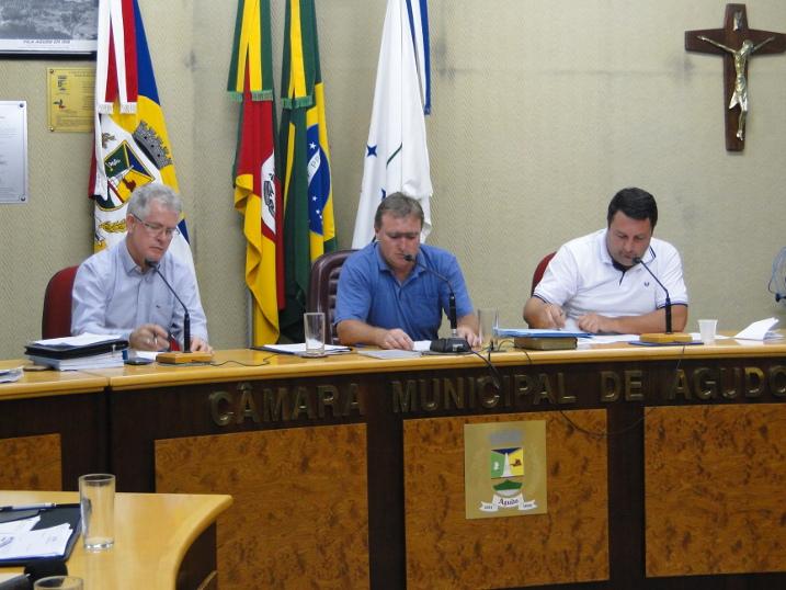 Ver. Alexandre Neu empossado como novo Presidente da Câmara Municipal
